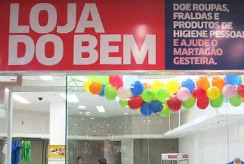 Martagão Gesteira inaugura Loja do Bem no shopping Center Lapa